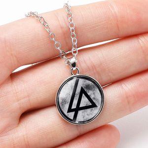 10 ADET Moda Amerikan Linkin park Rock Grubu Kolye Chester Bennington Müzik Grubu Logosu Cam Gem Kolye Kolye Kadın Erkek için