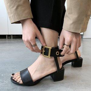 Sandalias Pop2019 de cuero genuino viento áspero con un vendaje en forma de anillo Will Woman Light Belt Buckle The Tide Zapatos para mujer