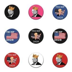 1000 Diferentes modelos clássicos dos desenhos animados ícones de estilo esmalte Pin Genius Mad Scientist Trump Emblema Broche Anime Amantes Denim Shirt Lap # 22