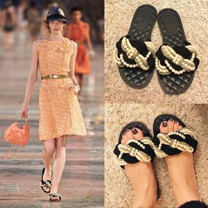 2019 Sommer neue Modeschau wulstige Stroh geflochtene niedrigen Ferse Sandalen und Pantoffeln Perle flachen Boden ziehen Mädchen