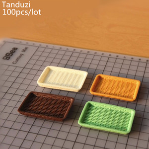 Tanduzi 100pcs Wholesale Dollhouse Miniature Basket Simulation Rattan Dish Mini Plastic Serving Plate Cream Mini Tableware DIY