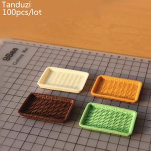 Tanduzi 100PCS 도매 인형 집 미니어처 바구니 시뮬레이션 등나무 접시 미니 플라스틱 접시를 봉사하는 크림 미니 식기 DIY