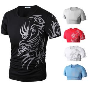 Hommes 3D Tattoo Print Designer T-shirts d'été ras du cou à manches courtes T-shirts Les hommes Fshion vêtements décontractés