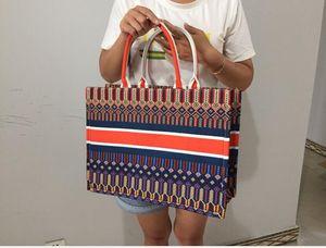 Coloridas flores de cerezo libro totalizadores clásico bolso de mano bolsa de diseñador del bolso bordado impreso bolso de gran capacidad de compras bolsas Muchos col