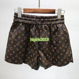 femmes haut de gamme en peau de mouton filles shorts de jogging motif de lettre de monogramme pantalon en cuir véritable lâche jupe courte pantalon de luxe de la mode de qualité supérieure