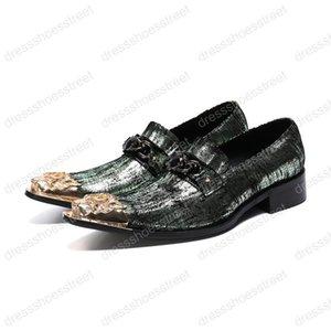 Neue Art-Art- und Weisepartei-Kleid-Schuh-Mann-Luxusmetallspitzhochzeits-Schuhe, welche die Karriere-Arbeits-Show-Schuhe der Männer neigen