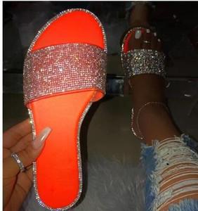 Las mujeres INS Bling deslizadores planos ocasionales de las señoras de diapositivas punta abierta Fuera Decoración brillante suave playa zapatos de verano de mujeres Calzado