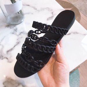 Дизайнер кожаные плоские сандалии 2020 летняя обувь женская металлическая горка и женские тапочки моды роскошь шнурков коробка