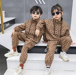 Kids Boys Girls Clothes Suit Designers Tracksuits Printed Clothing Set Fashion Children Long Sleeve Sport Suit Jacket+Long Pants