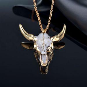 Nueva Bohemia Tauren vaca colgante Bull Head collar con cadena larga Cuerno de oro con estilo Hombres Mujeres joyas de moda regalo