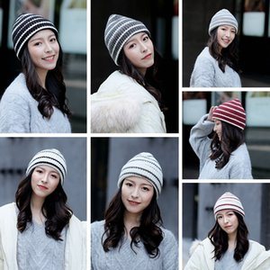 Striped Knit Mulher Hat Moda Quente Crochet Inverno Crânio Cap Outdoor Senhora Ski Caps Festa de Natal Chapéus TTA1833
