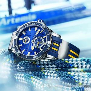 Ejecutivo El Toro / Toro azul Calendario perpetuo 326-00-3 / BQ Parte posterior transparente Dial azul Correa de caucho Reloj automático para hombre UN-1168