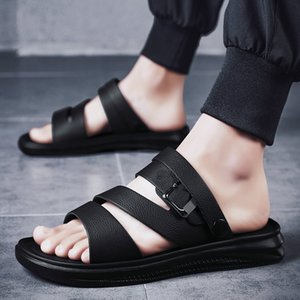 2019 summer new simple and versatile man sandals casual shoes soft man beach shoes comfortable slippers water shoes big man