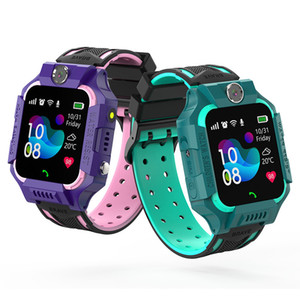 Q19 enfants Enfants montre smart watch IP67 étanche LBS Tracker Smartwatches Emplacement pour carte SIM avec caméra SOS pour Android iPhone Smartphones en boîte