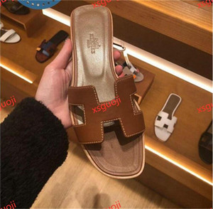 2020 Free delivery French new Lian fashion summer slippers women's leather thick and comfortable shoes Hococal high heel sandals size 36-40
