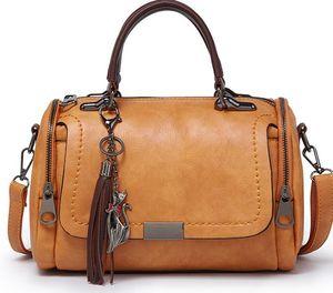 2020 New Designer sauvage de luxe d'une épaule Sac Diagonale Mode Boston Sac Oreiller Designer Sac Portable dames Tassel