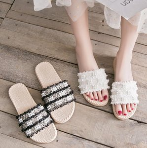 2020 high quality Cool drag, wet outside in summer, gentle ins trend, all kinds of flat bottom woven net red women's slippers