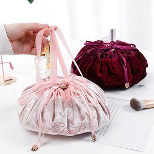 حقائب الإضافية كسلان حقيبة مستحضرات التجميل المخملية الرباط كارتون ماكياج منظم التخزين سفر الحقيبة مستحضرات التجميل ماجيك أدوات الزينة حقيبة سلسلة GGA3202