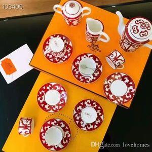 Luxo Copos Ceramic Tea Set porcelana jogo de café Coffee Pot Café Jarro Chávena Pires conjunto LH066 15 pcs Europeia