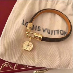 Nueva L pulsera de la marca del diseñador para las señoras de las mujeres de titanio pulsera de moda de acero con joyería 3 colores de lujo del envío gratis