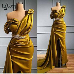 노란색 어깨 하나 인어 댄스 파티 드레스 섹시한 Crtstal 파란색 아랍어 이브닝 가운 플러스 사이즈 하이 사이드 분할 정장 파티 들러리 드레스