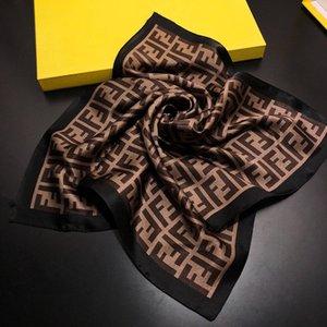 2019 sentiment soie pour femmes foulards cheveux carré bureau de marque d'impression Serveur hôtel 50 Flight Attendants * 50cm