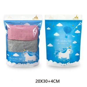 100pcs / lot di alta qualità piatta e stare indumento del bambino negozio sacchetto di plastica di immagazzinaggio delle finestre trasparenti bambini calze auto sigillo sacchetto a chiusura zip