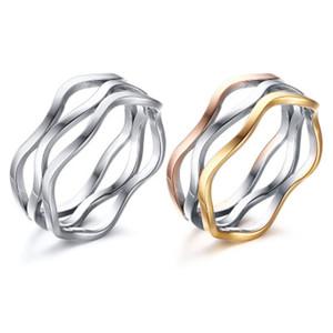2020 Novo Design Unisex Tri-Color Ondas Linhas de casamento Anéis de banda de aço inoxidável