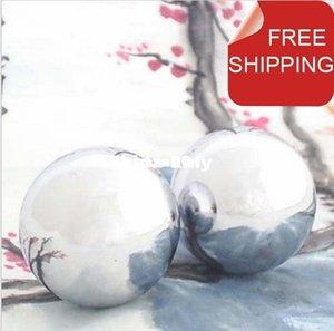 Venta al por mayor - Bola de hierro de Baoding pulida, Cromo de bola de salud de campanilla de 50 mm. Diseño simple para uso diario. Caja de papel rojo. Una sólida opcional disponible.