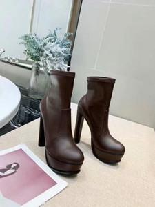 Venta caliente-Botas de mujer Zapatos cálidos de invierno de cuero Botas de tobillo Zapatos de piel de oxfords Diseñador de lujo estilo coreano