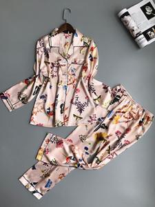Le donne pigiama di raso indumenti da notte Pijama casa Wear pigiama di seta con stampa floreale sveglia dolce Button manica lunga Giù sonno Lounge