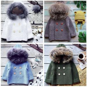 Kinder Knited Pullover Baby-Hoodies Jungen Winter Crochet Mäntel Mode Knopf Jackets Sweatershirt Cardigans Pullover mit Pelzmütze D6426