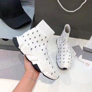 Nueva Arrivlas diseñadores corredores deportes ocasionales de las zapatillas de deporte de moda para las mujeres de los hombres Luxurys Speed Trainer fuera Negro Blanco Rojo Calcetín Calzado bl0322