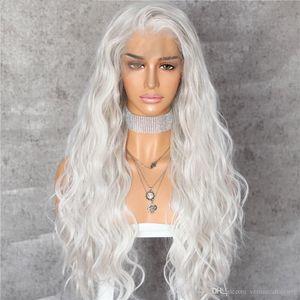Sentetik Dantel Açık Peruk Doğal Dalga Yumuşak Saç Beyaz Renk Isıya Dayanıklı Fiber Saç Ücretsiz Ayrılık Ucuz Peruk