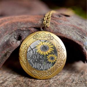 2020 neue Frauen-Goldfarben-Halsketten-Gewohnheit Sie sind mein Sonnenschein öffnen Medaillon Sonnenblume hängende Halskette Brief Claviclekette
