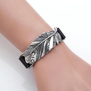 Alloy bracelet Creative Imitation leaves stereo bracelet PU leather bracelet fashion accessories