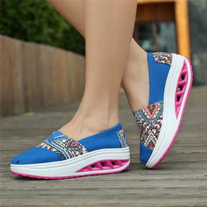 Yeni Çin Stil İşlemeli Şık Düşük Üst Boş Çapraz Tie Sport Dantel-up Kare Topuk Etnik Tuval Kadın Moda Ayakkabılar