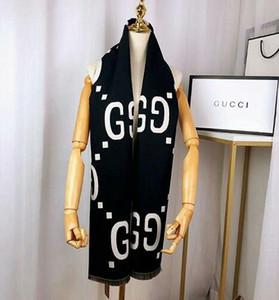 Sciarpa di lusso per le donne di marca Designers Mens di marca della sciarpa di modo di inverno delle donne colorato lettera Designers calda inverno Fiore Sciarpe W4 40