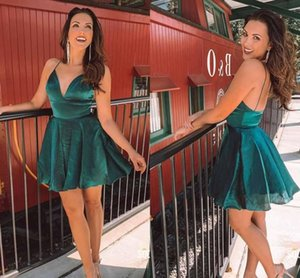 Dark Green Deep V neck Homecoming Prom Dresses with Spaghetti Straps Open Back Organza Graduation Party Dress Cheap Cocktail Dresses