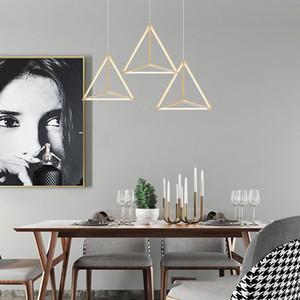 2020 Moderne Led Pendant Light Fixture Nordic Triangle noir suspendu Pendentif Lampes de cuisine Salon Salle à manger Chambre Chambre Accueil Maison Decorl