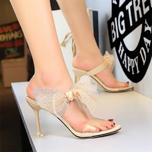 2020 Women Celebrity Wearing Lace Bowtie Slippers PVC Clear Strappy Platform High Heels Flip Flop Open Toe Sexy Party Woman Shoe