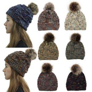 Hiver Femmes Bonnet tricoté chaud Pom Pom coloré laine Chapeau dames crâne Bonnet solides Femme Outdoor Casquettes ZZA869