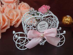Chocolate do metal branco Carriage Candy Caixa Birthday Party Princesses Doces Caixa Wedding favores do chuveiro Decoração Bebê Xmas Gift Wrap EEA994-1