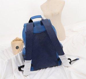 Unisex Vintage Luxury Fashion Backpack Genuine Leather Designer Patterns Free Shipping Women Bagpacks Real Leather Ladies Travel Bag Totes