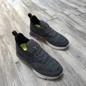 2019 Moda caliente con cordones Zapatos de diseñador Comodidades de lujo bonitas Zapatillas de cuero casuales Zapatillas de deporte para hombres Estabilidad extremadamente durable