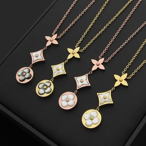 2020 designer jewelry wholesale three four-leaf flower gray white arc shell with diamond necklace 18K rose gold lady gray white shell