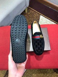 Верхний! Новая Остроконечных Toe мужских платья Обуви Бизнес Кожа Luxury Wedding Loafer Цветочные печати Мужчина Квартира горком Формальной обувь