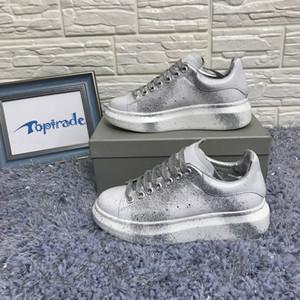 Aerosol Zapatillas de deporte con efecto de hombre Low Top Casual Shoes Mujer Lacing-Up Leather Sneaker Luxury White Sliver Falt Shoes Oversized Casual Shoes