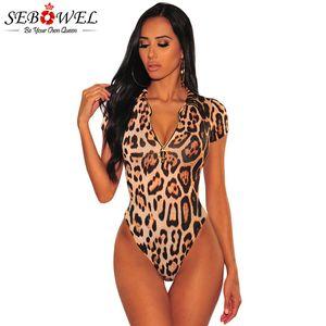 SEBOWEL Sexy Leopard Print Zipper manga curta Bodysuit Mulher Verão 2020 Festa Ladies Bodycon corpo Top roupas femininas Bodysuits T200528