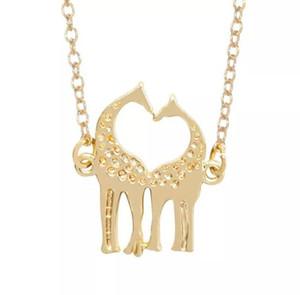 10 Corazón en forma de corazón collar de gemelos de jirafa dos alces de Navidad Corazón de amor Jirafa Collar de ciervos Fawn Animal cornamenta Collar joyería